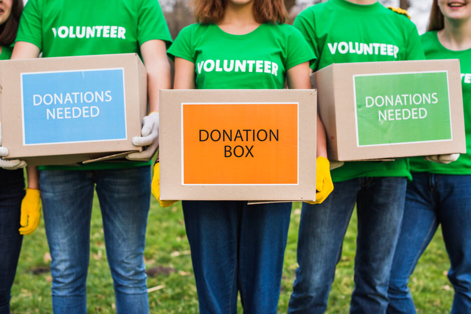 How much does it cost to build a charity donation application?