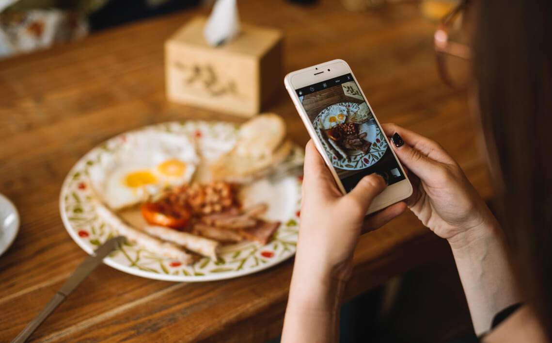 Promising 30 Digital Marketing Ideas for Taking Your Food Business Online